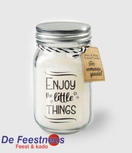 b-w-sc-25-enjoy-the-little-things-web
